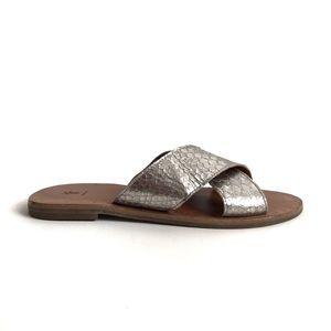 Frye Ally Sandal in Silver